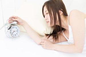 朝起きれない原因は自律神経のバランスも考えられる
